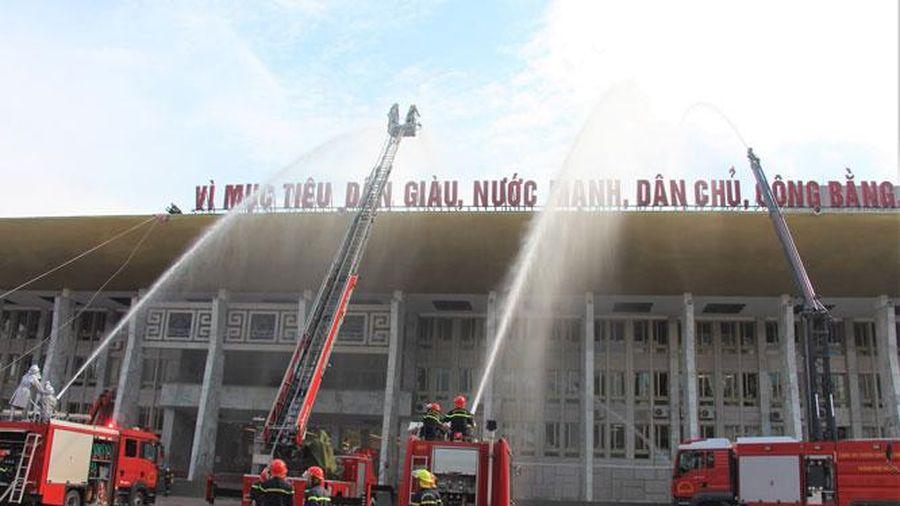 Diễn tập chữa cháy và cứu nạn, cứu hộ tại Cung Văn hóa lao động hữu nghị Việt - Xô