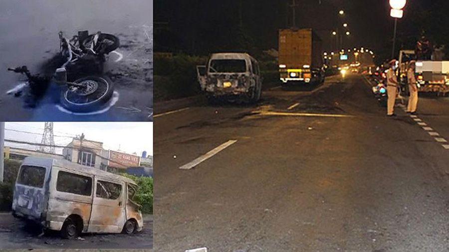 Ô tô kéo lê xe máy dân phòng ở Hóc Môn 6 km