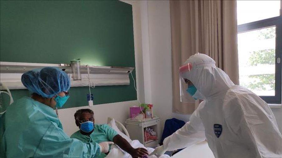 COVID-19 tại ASEAN hết 1/10: Gần 17.000 người tử vong; ca mắc mới ở Indonesia cao nhất
