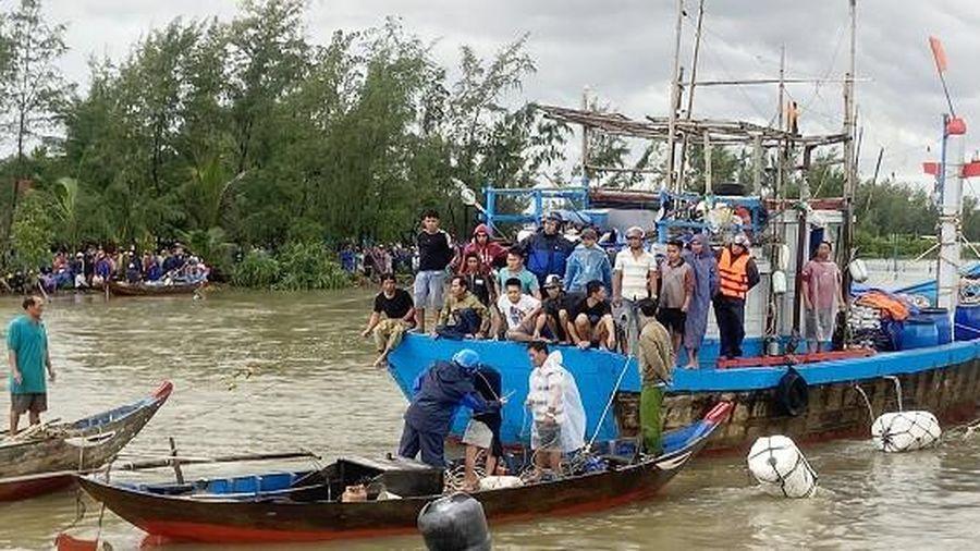 Quảng Nam: Tìm thấy thi thể của ngư dân bị lật ghe trên sông Trường Giang -  Báo Pháp Luật Việt Nam