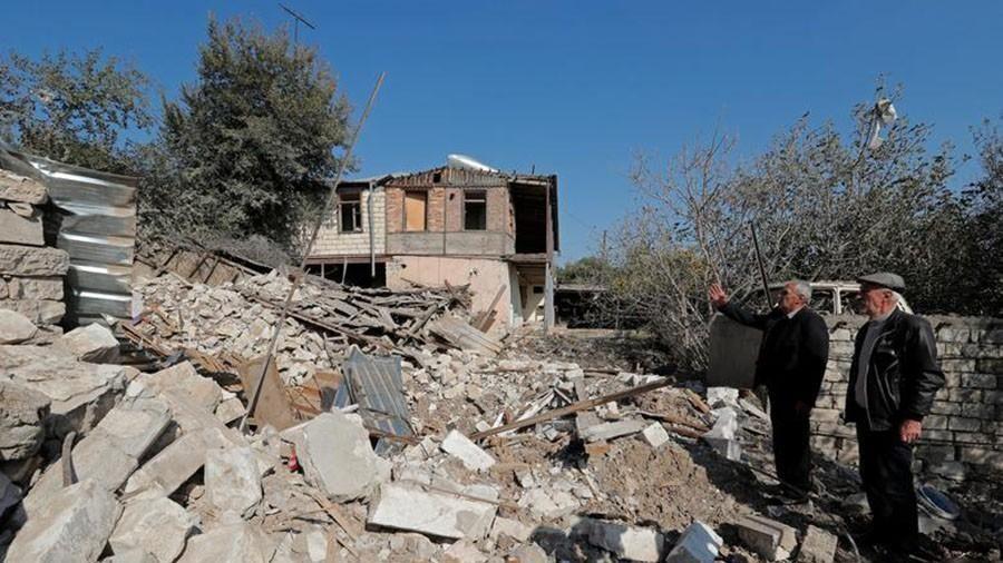 Cảnh hoang tàn tại khu vực tranh chấp Nagorno-Karabakh trong thời gian 'ngừng bắn'