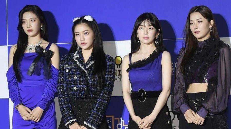 Red Velvet bị chê mặc xấu, lộ khuyết điểm