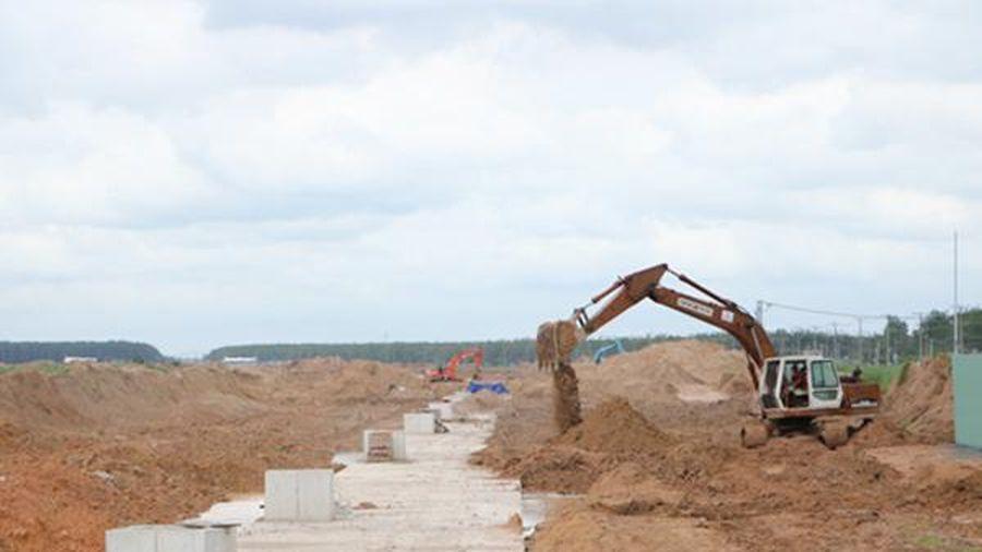 Hoàn chỉnh phương án bồi thường, hỗ trợ cho các hộ dân khu vực xây dựng tuyến thoát nước ngoài ranh khu tái định cư Lộc An - Bình Sơn