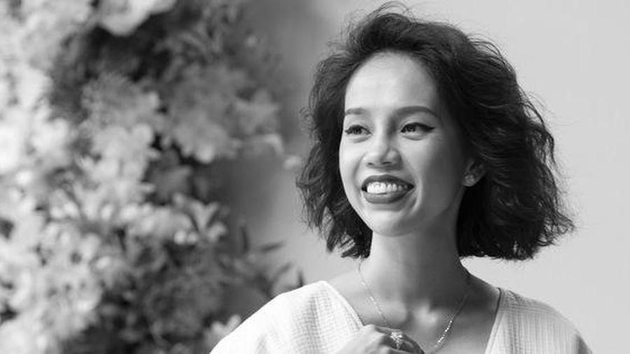 Nicky Khánh Ngọc ra mắt 'Cuốn sách của nàng thơ' nhân dịp 20/10