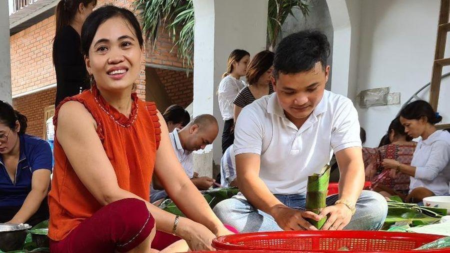 Bình Dương: Gói 10.000 chiếc bánh hỗ trợ đồng bào miền Trung