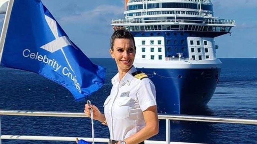 Nữ thuyền trưởng Mỹ đầu tiên của một siêu du thuyền