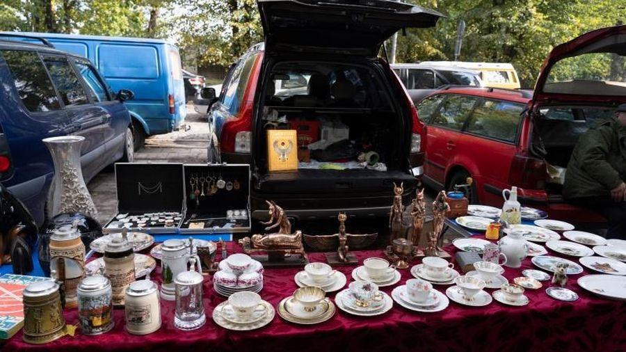 Chợ đồ cũ - 'Bảo tàng ngoài trời' của người Nga