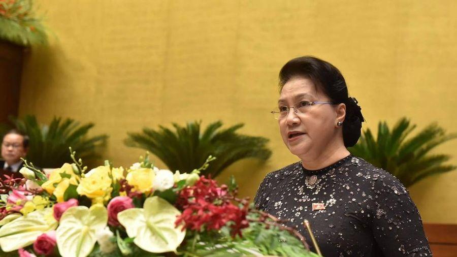 Quốc hội chia sẻ trước những đau thương, mất mát do mưa lũ miền Trung