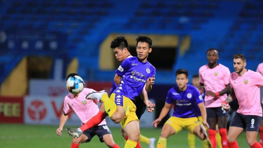 Văn Quyết tỏa sáng, CLB Hà Nội chiếm vị trí của Sài Gòn FC