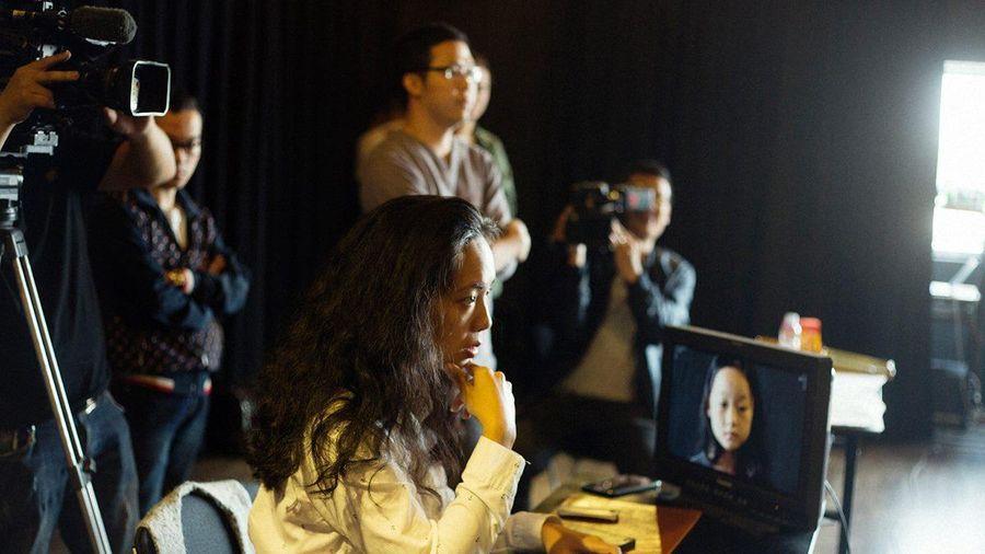 Đạo diễn Nguyễn Hoàng Điệp: Người dừng lại vì gia đình luôn là phụ nữ