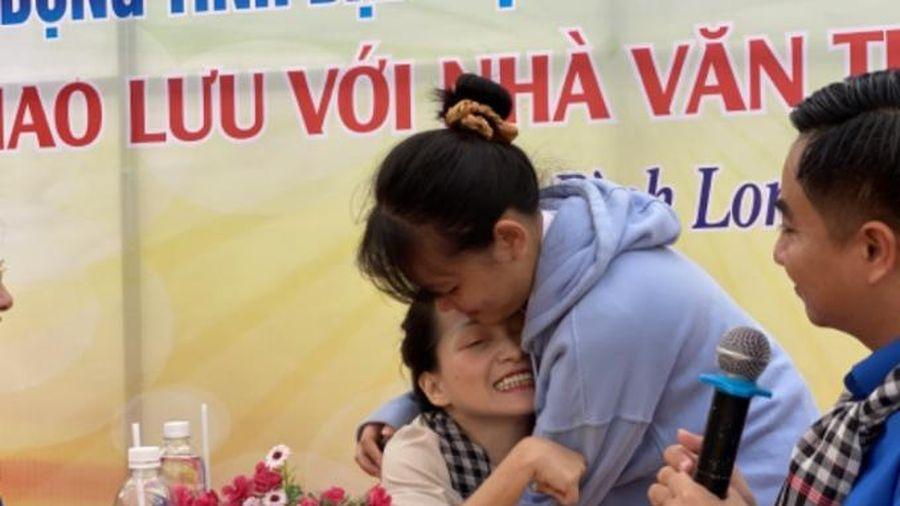 Thiên thần 6 chân 'mách' 800 học sinh cách 'thương lượng' để thành công