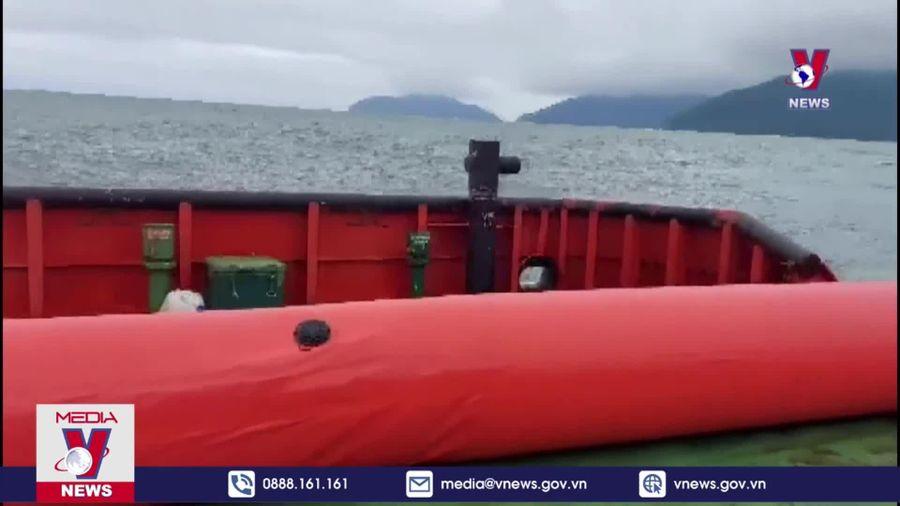Chưa có dấu hiệu rò rỉ dầu trên tàu Jakarta