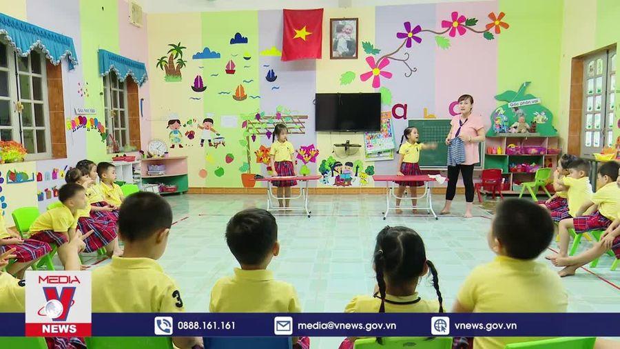 Dạy tiếng Anh cho trẻ mẫu giáo có khả thi?
