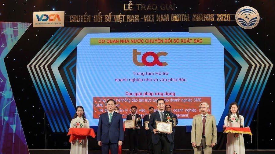 Trung tâm TAC được vinh danh là cơ quan nhà nước chuyển đổi số xuất sắc