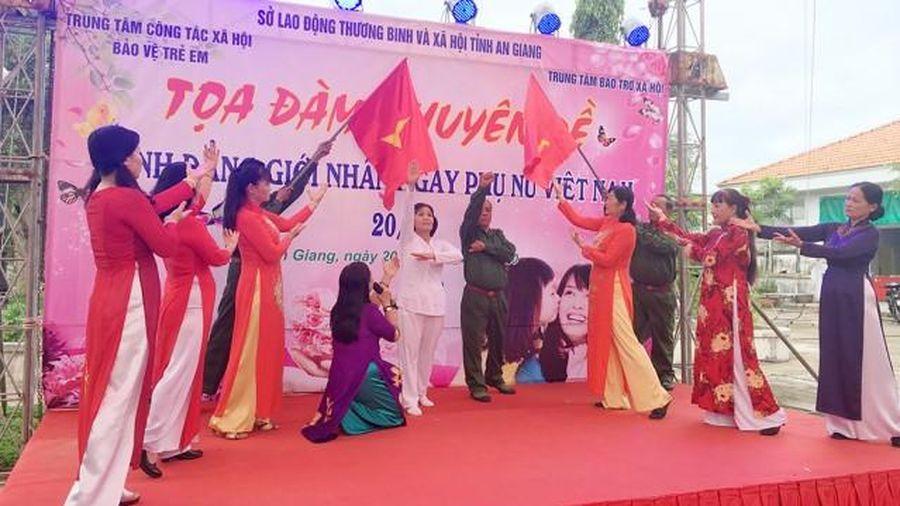 Ngày phụ nữ đặc biệt ở Trung tâm Bảo trợ xã hội