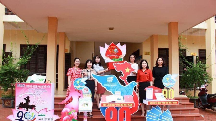 Tôn vinh phụ nữ Quảng Ninh