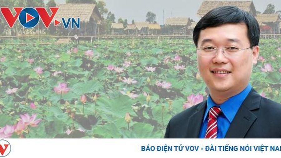 Chân dung Bí thư Tỉnh ủy trẻ nhất cả nước Lê Quốc Phong