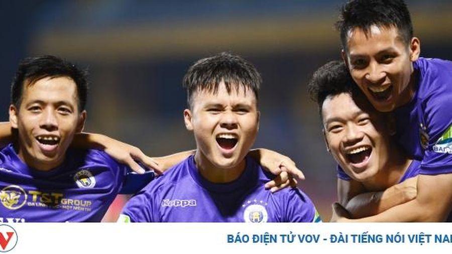 TRỰC TIẾP Hà Nội FC - Hà Tĩnh: Sân khấu của Quang Hải?