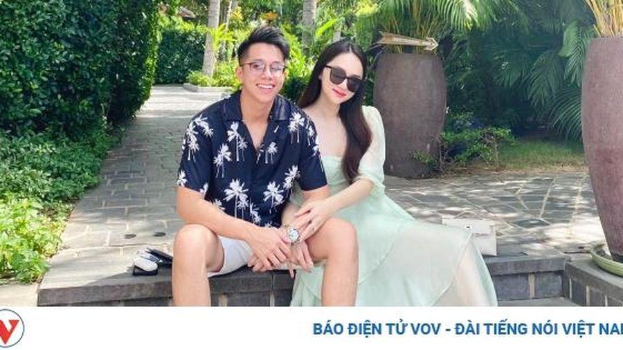 Chuyện showbiz: Bạn trai CEO gửi lời chúc 20/10 ngọt ngào đến Hoa hậu Hương Giang