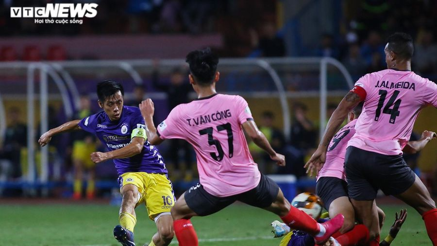Thắng nghẹt thở Hồng Lĩnh Hà Tĩnh, Hà Nội FC lên vị trí thứ 2