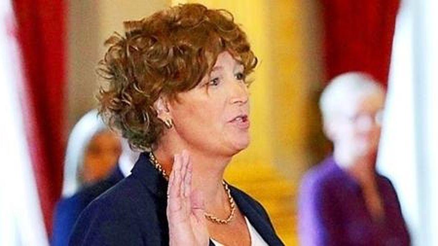 Bộ trưởng chuyển giới đầu tiên ở Châu Âu