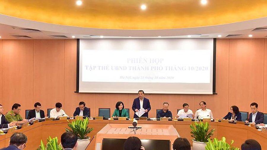Tập thể UBND TP Hà Nội xem xét một số nội dung chuẩn bị cho kỳ họp không thường kỳ của HĐND TP
