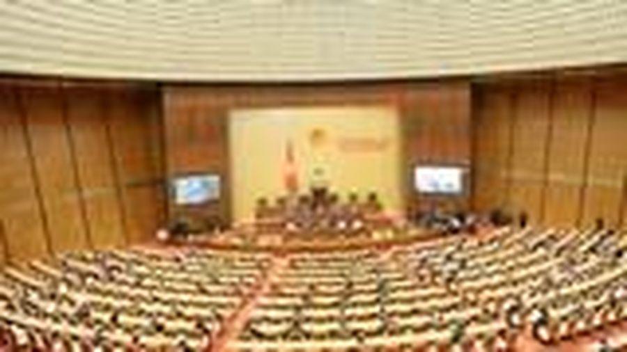 Quốc hội xem xét về dự án Luật Cư trú (sửa đổi)