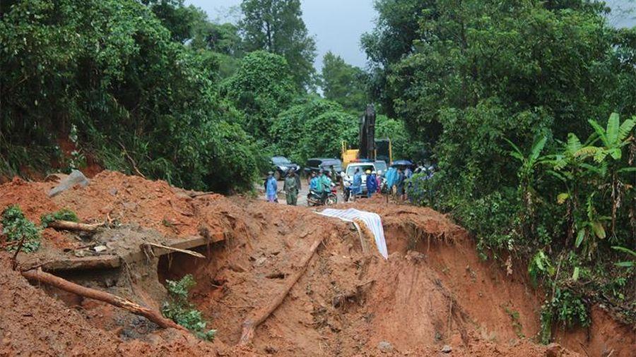 Cần hơn 100 tỷ đồng khắc phục hư hỏng bước đầu tuyến quốc lộ qua miền trung