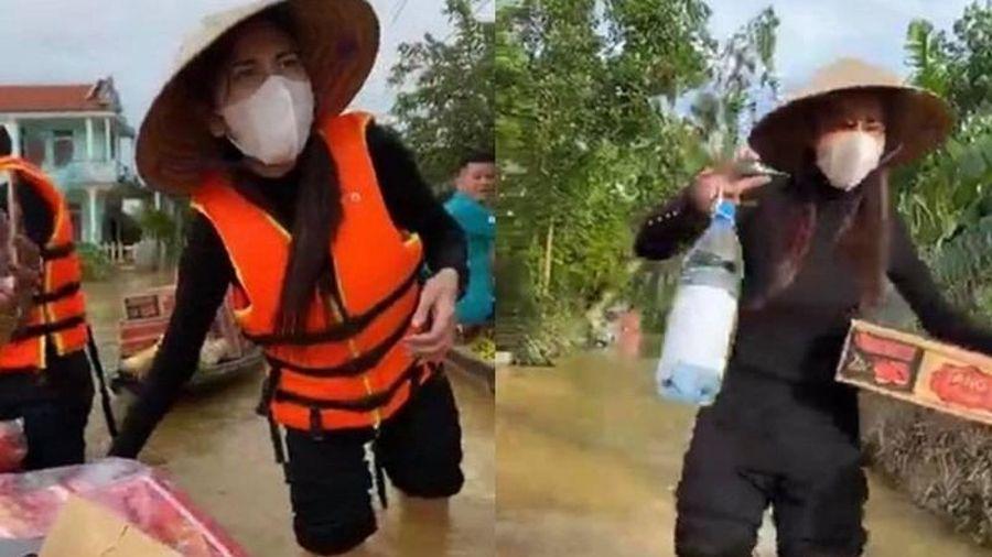 Lội nước lũ cứu trợ miền Trung, Thủy Tiên bị ghẻ, chữa thế nào?