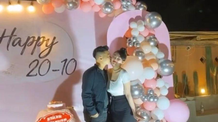 'Cô dâu 200 cây vàng' Nam Định khoe được tổ chức tiệc hoành tráng