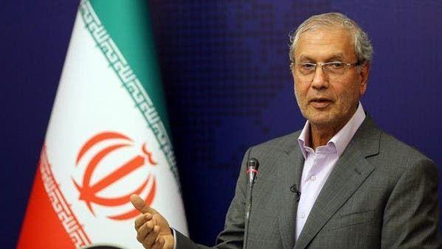 Iran tự tin chỉ ra lý do khiến lệnh cấm vận vũ khí chấm dứt