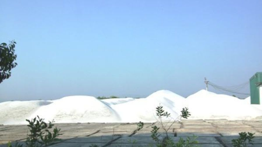 Phát hiện mỏ cát trắng Silic có trữ lượng rất lớn ở Vân Đồn