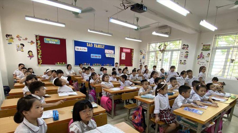 Vì sao tăng tiết môn tiếng Việt lớp 1