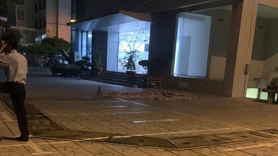 Rơi từ tầng 8 tòa nhà, một thanh niên tử vong