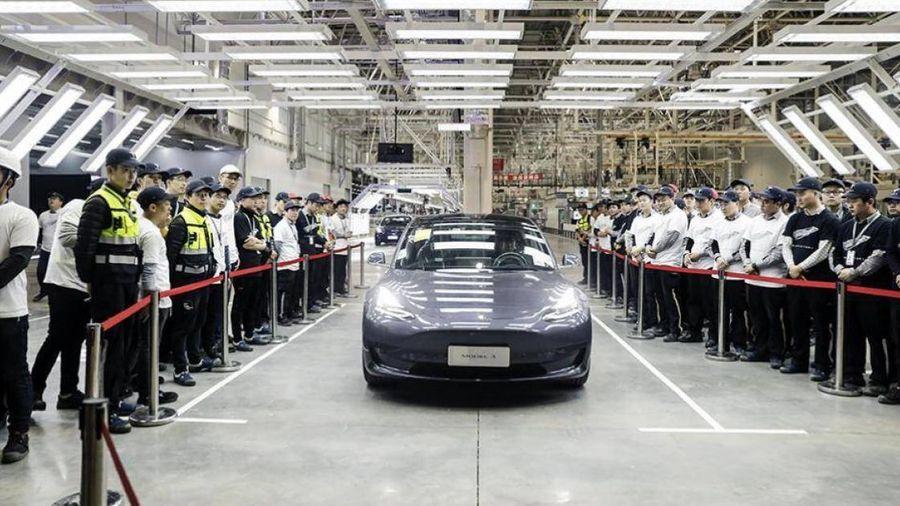 Tesla xuất khẩu xe Model 3 sản xuất ở Trung Quốc sang châu Âu