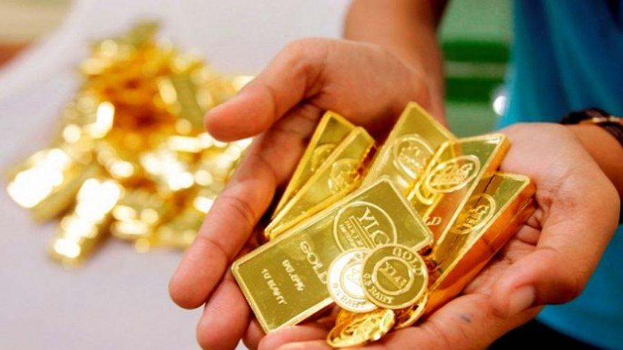 Giá vàng hôm nay 21/10: Đồng USD và chứng khoán Mỹ chững lại, giá vàng phục hồi