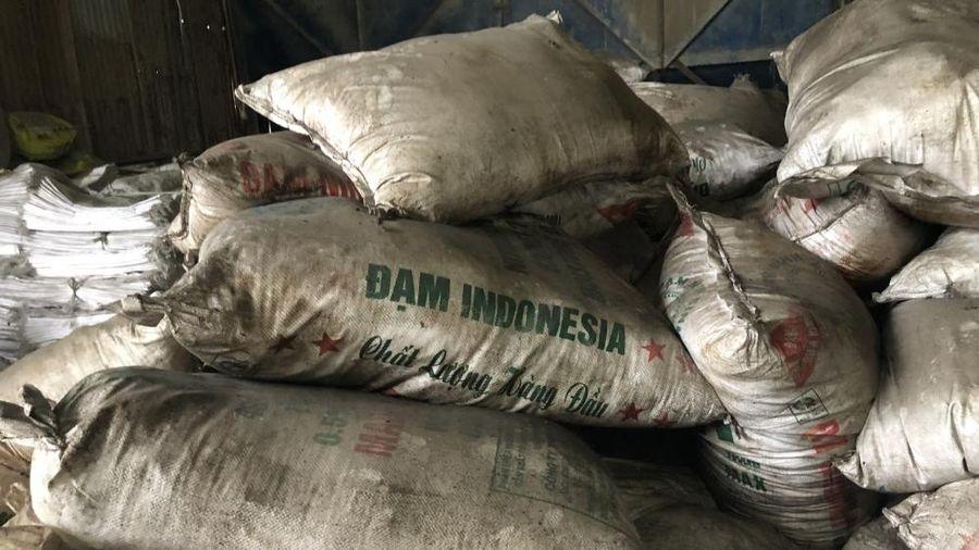 Đồng Nai: 'Xóa sổ' xưởng sản xuất phân bón giả
