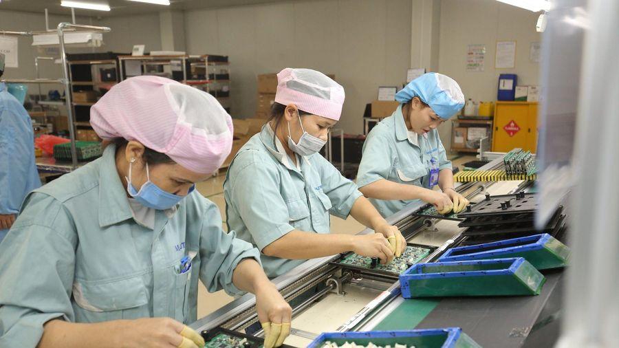 Manutronics tăng sản lượng, giảm lỗi, bài học từ cải tiến năng suất tổng thể
