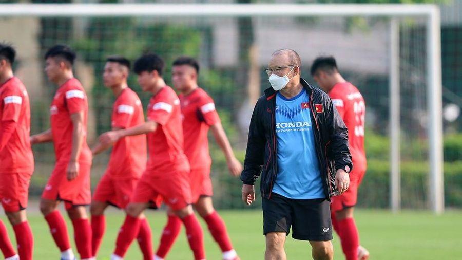 ĐT Việt Nam sắp có HLV thủ môn 'xịn' đồng hương thầy Park