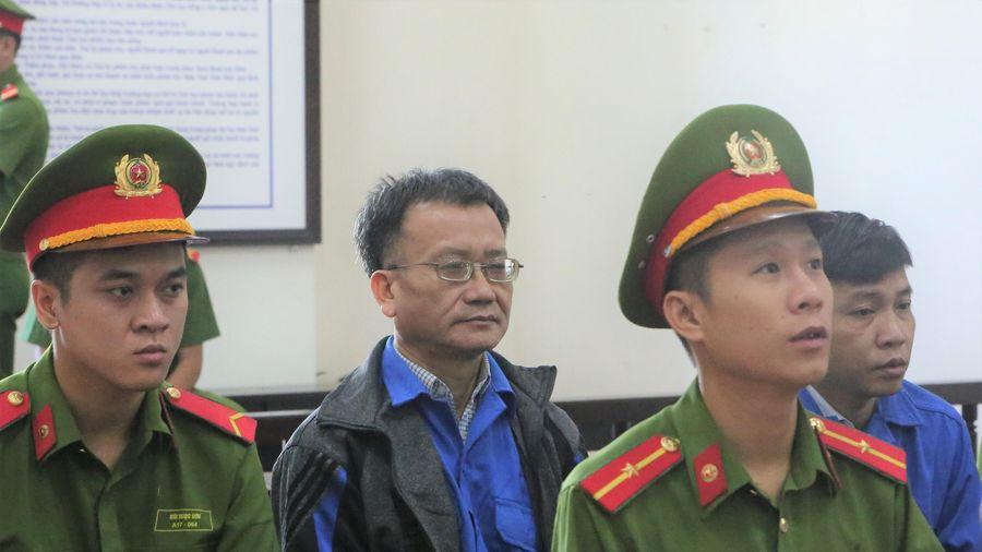 Y án 8 năm tù với cựu Trưởng Phòng Khảo thí, Sở GD-ĐT Hòa Bình
