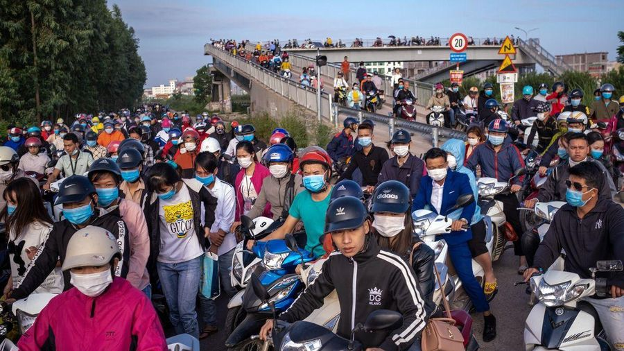 Bloomberg: Chuỗi cung ứng Apple dịch chuyển tạo ra sự phát triển bùng nổ cho vùng nông thôn Việt Nam
