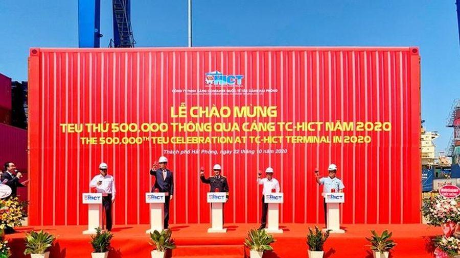 Cảng container quốc tế Tân Cảng - Hải Phòng đón Teu thứ 500.000