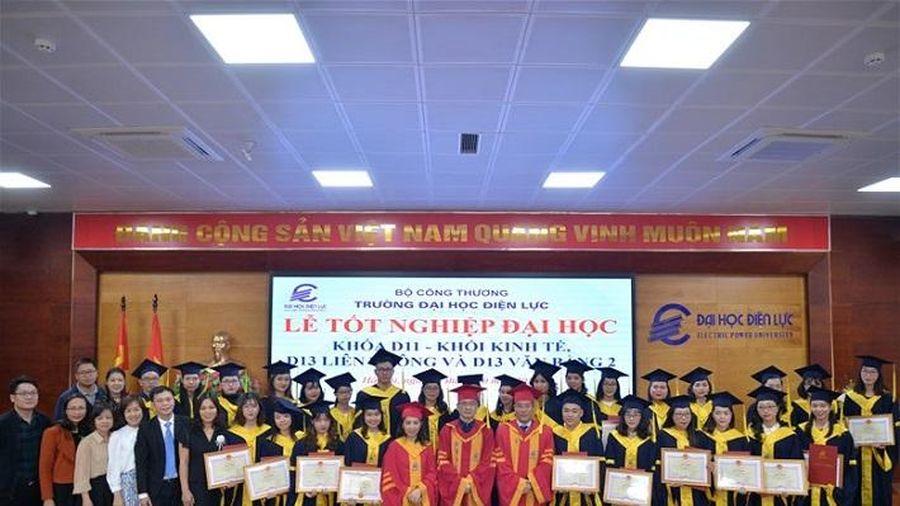 Trường Đại học Điên lực: Trao bằng tốt nghiệp cho gần 388 tân cử nhân
