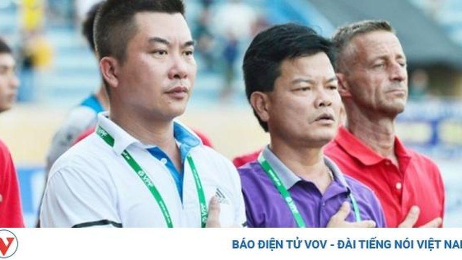 Nam Định là 'lò xay trọng tài' ở V-League 2020
