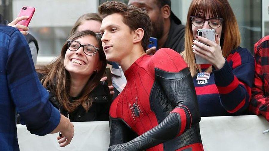 Tom Holland xác nhận quay 'Spider-Man 3' giữa mùa dịch