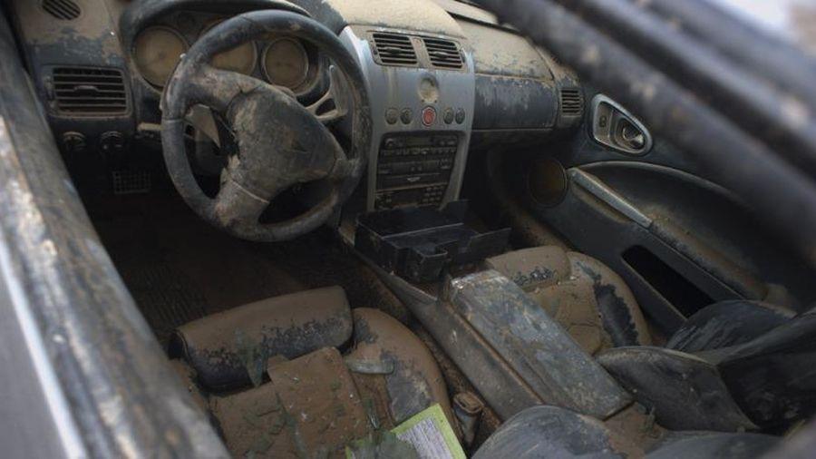 Những lưu ý sau khi để ô tô ngập trong bùn lầy