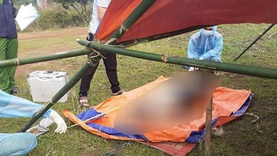 Phát hiện thi thể nam giới quê Nghệ An trôi dạt vào bờ biển Quảng Trị