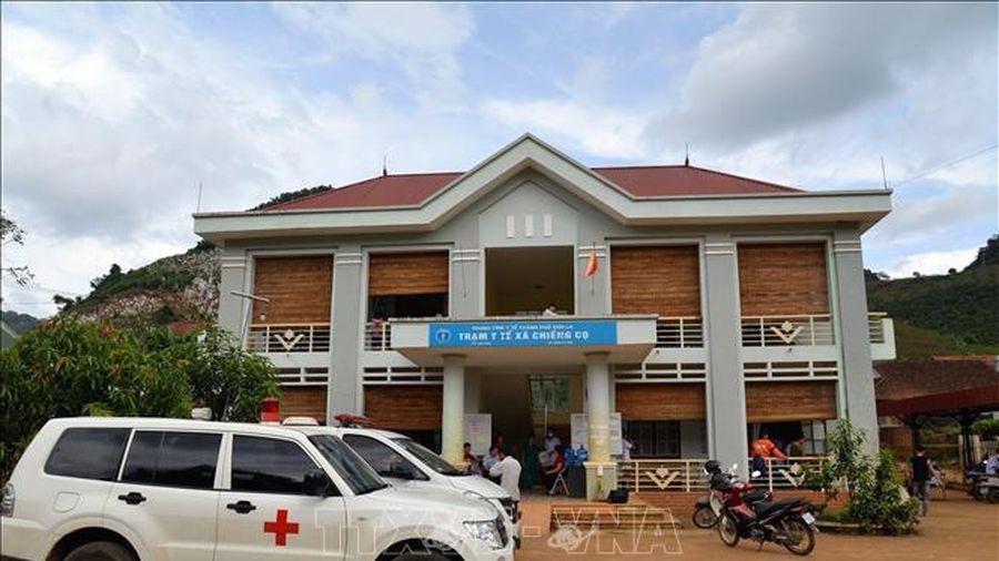 Khẩn trương làm rõ nguyên nhân 40 học sinh nghi ngộ độc thực phẩm tại Sơn La