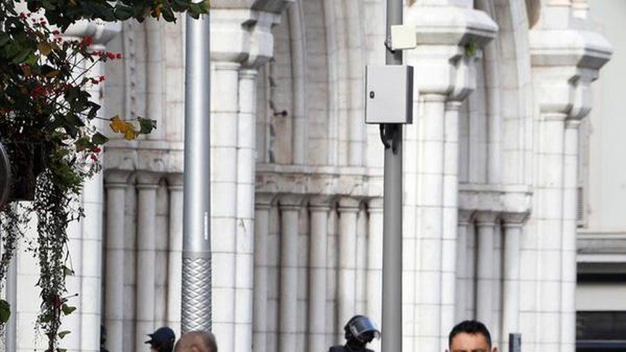 Pháp: Tấn công bằng dao tại Nice, ít nhất 2 phụ nữ thiệt mạng