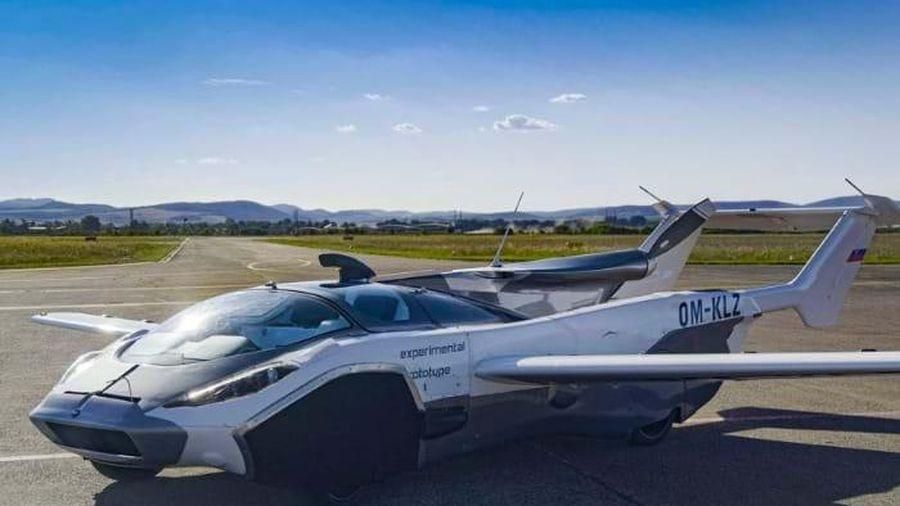 Mẫu ô tô có thể biến thành máy bay trong chưa đầy 3 phút
